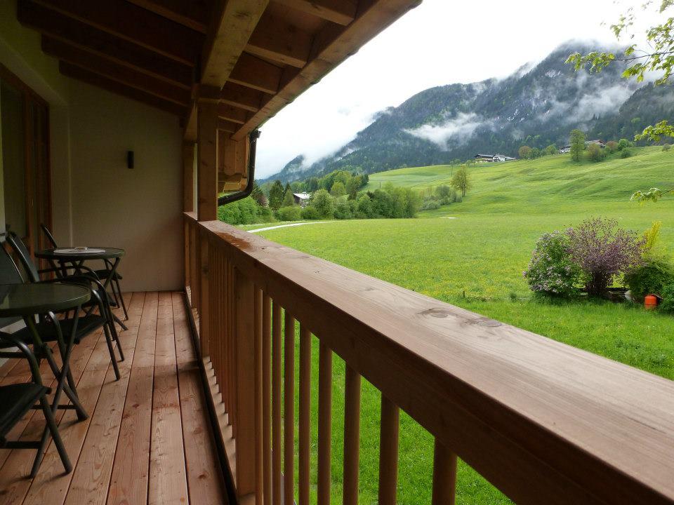 Name:  SchlossBlick Hotel near Kufstein, Austria599462_10151643354386171_1357125858_n.jpg Views: 5798 Size:  101.0 KB