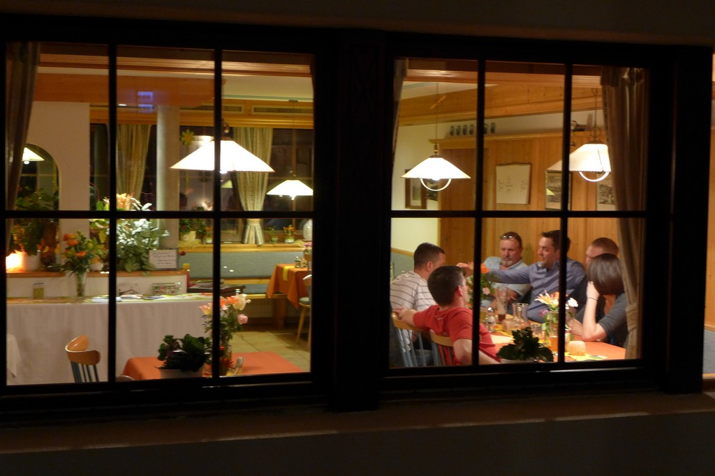 Name:  SchlossBlick Hotel near Kufstein, AustriaP1000936.jpg Views: 5735 Size:  150.4 KB