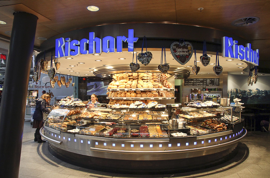 Name:  Cafe Rischart_2011.jpg Views: 2986 Size:  279.8 KB