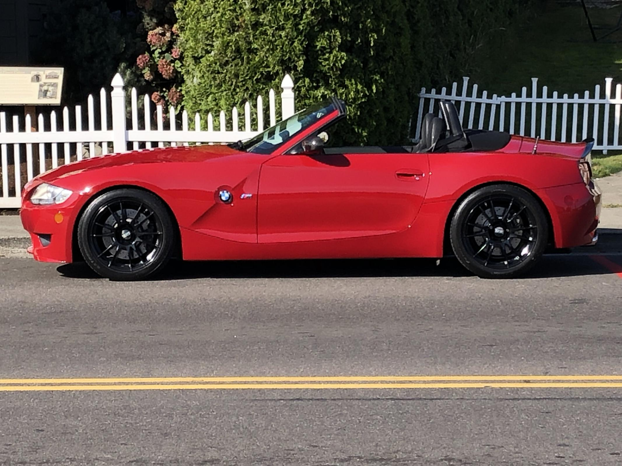 Name:  Red Roadster GH Waterfront Pic 1.jpg Views: 144 Size:  380.2 KB