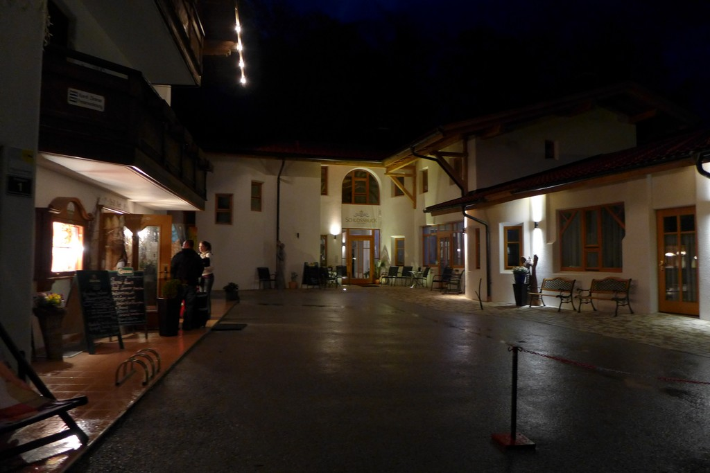 Name:  SchlossBlick Hotel near Kufstein, AustriaP1000934.jpg Views: 3381 Size:  140.4 KB