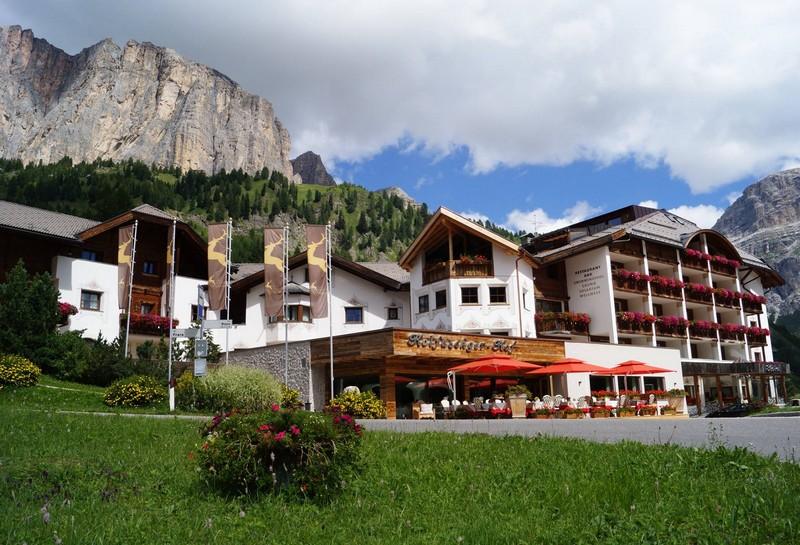 Name:  Sella  Hotel Kolfuschgerhof     10499343_704382849598048_534667051736844303_o.jpg Views: 3636 Size:  155.6 KB