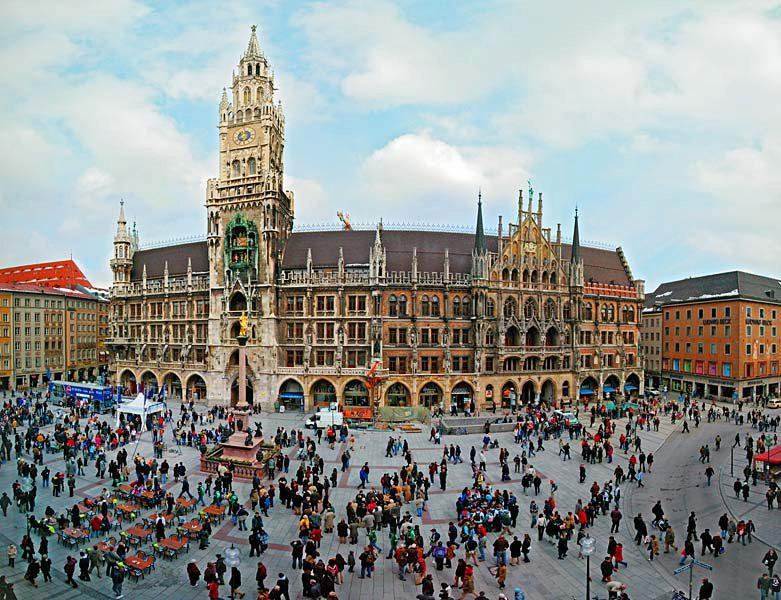 Name:  Marienplatz3279647691965_569965791_n.jpg Views: 2943 Size:  125.8 KB