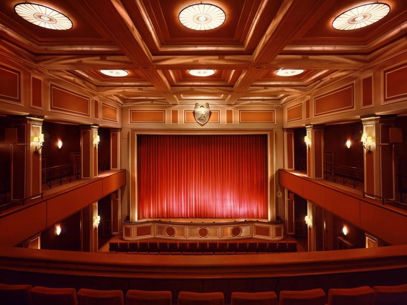 Name:  sendlinger-tor filmtheater-1.jpg Views: 2992 Size:  118.3 KB