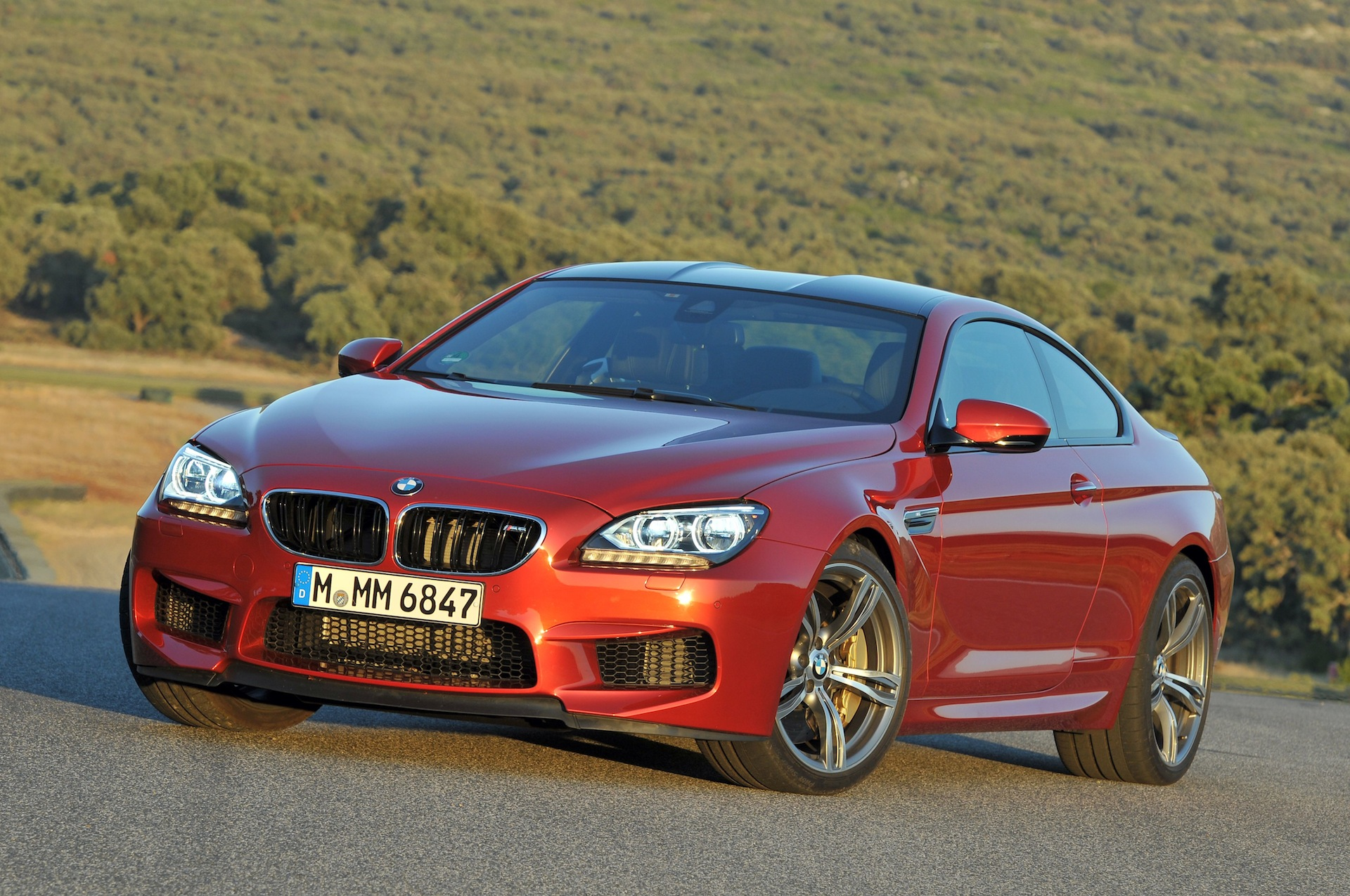 2013 bmw m6 coupe and convertible f12 f13. Black Bedroom Furniture Sets. Home Design Ideas